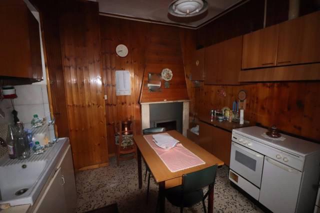 Casa indipendente 6 locali in vendita a Civitella del Tronto (TE)