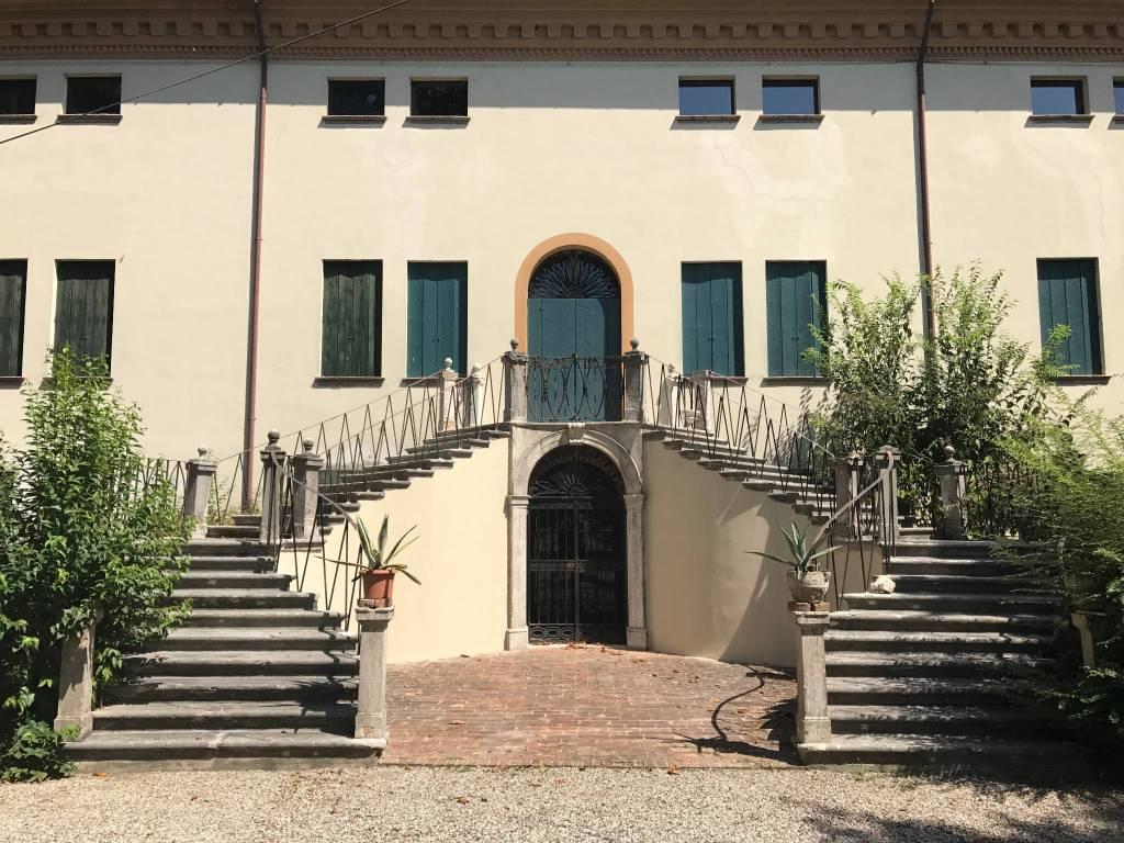 Case e appartamenti in vendita a gaiba for Case in vendita rovigo e provincia