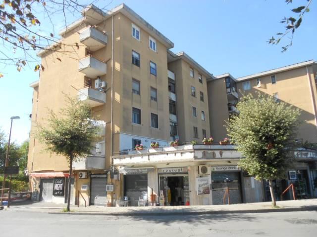 Appartamento in buone condizioni in vendita Rif. 4248733