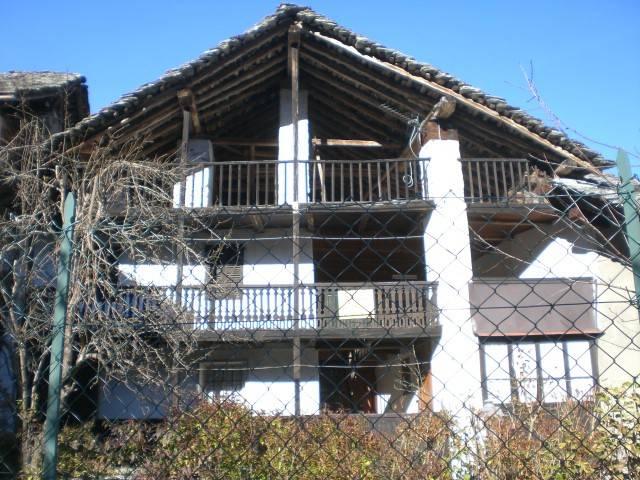Rustico / Casale in buone condizioni in vendita Rif. 8960618