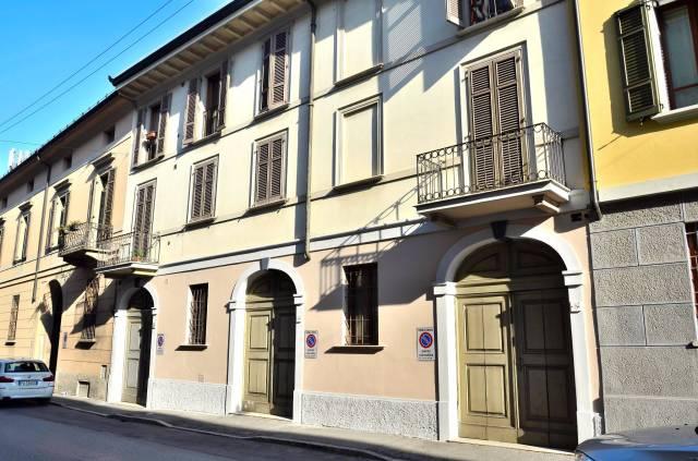 Attico trilocale in affitto a Cremona (CR)