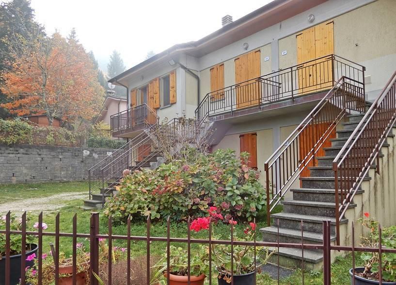 Appartamento in buone condizioni arredato in vendita Rif. 4911916