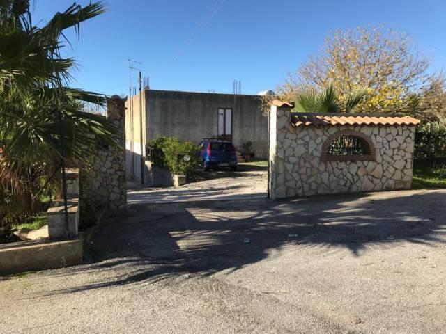 Villa in Vendita a Sambuca Di Sicilia: 4 locali, 300 mq