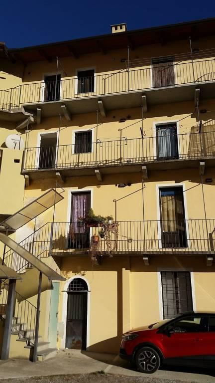 Appartamento in ottime condizioni in vendita Rif. 4287351