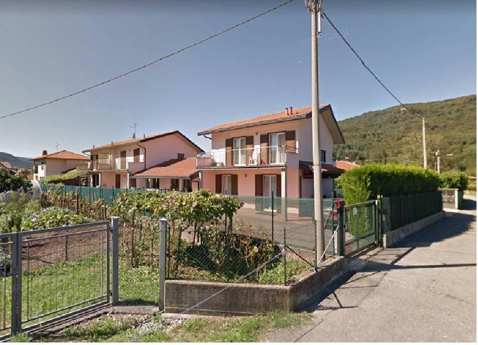 Villa a Schiera in vendita a Marchirolo, 6 locali, prezzo € 280.000   PortaleAgenzieImmobiliari.it