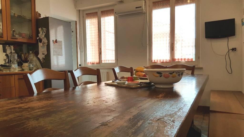 Appartamento in buone condizioni in vendita Rif. 8369685