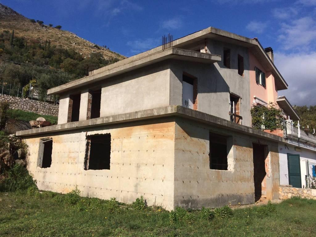 Rustico / Casale in vendita Rif. 4359231