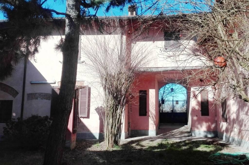Appartamento in vendita a Belgioioso, 3 locali, prezzo € 76.000 | PortaleAgenzieImmobiliari.it