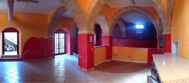 Vendesi locale commerciale zona stadio di Ascoli Piceno Rif. 4202153