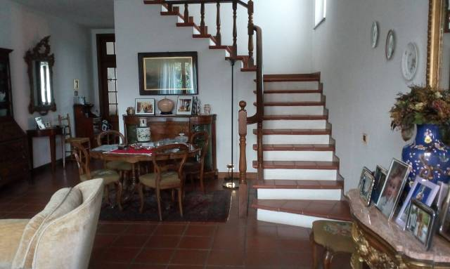 Villa in Vendita a Piacenza Periferia: 5 locali, 220 mq