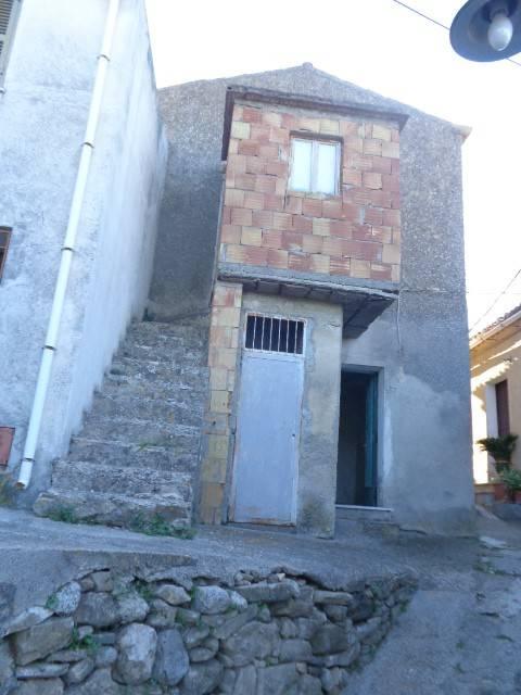 Appartamento in vendita a Gioiosa Ionica, 2 locali, prezzo € 13.000 | CambioCasa.it