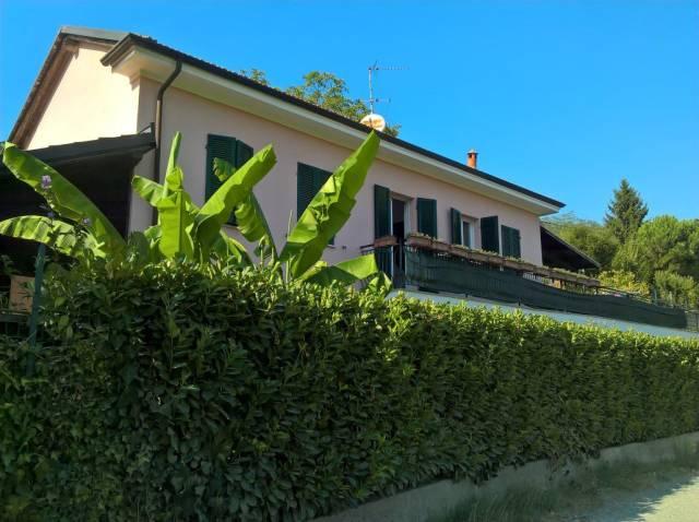 Villa in Vendita a Incisa Scapaccino