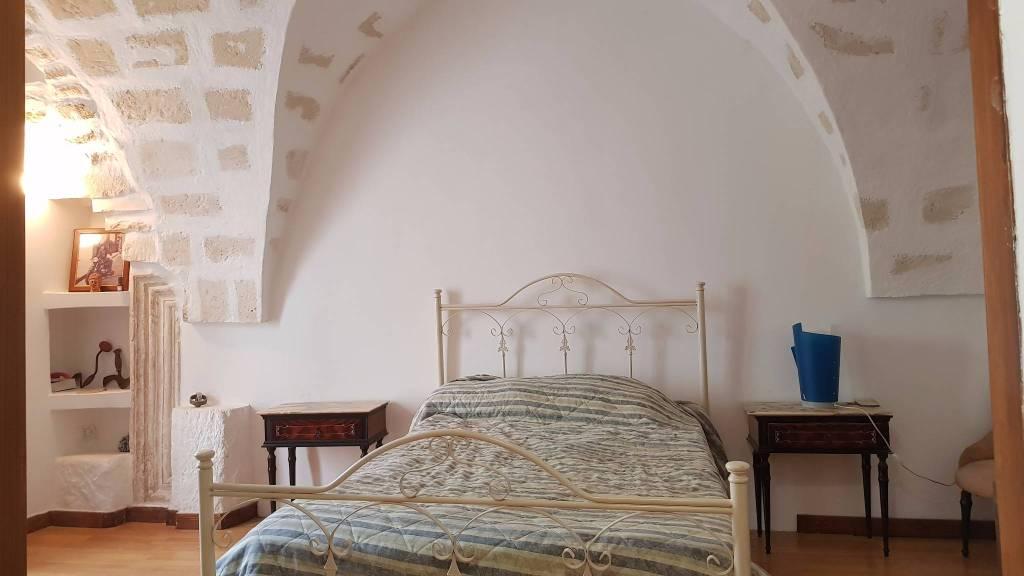 Appartamento in ottime condizioni arredato in vendita Rif. 7875100