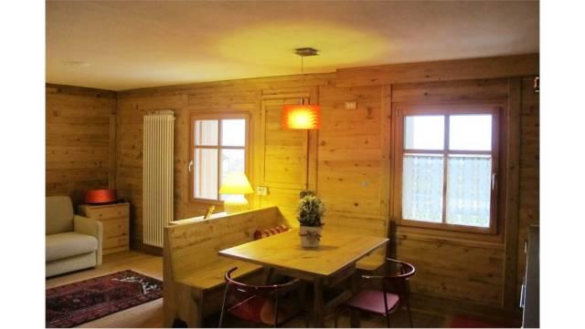Appartamento in ottime condizioni parzialmente arredato in vendita Rif. 4585508