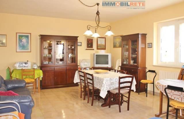 Villa in buone condizioni arredato in vendita Rif. 4911535