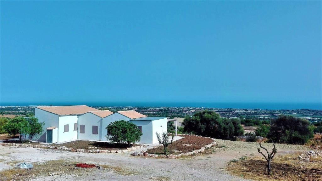 Villa in Vendita a Scicli Periferia: 5 locali, 115 mq