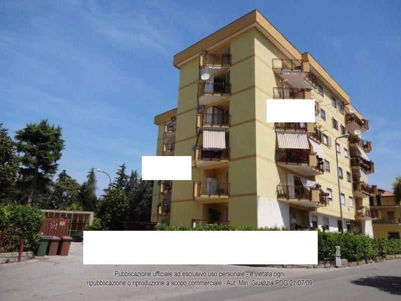 Appartamento in ottime condizioni in vendita Rif. 8259705