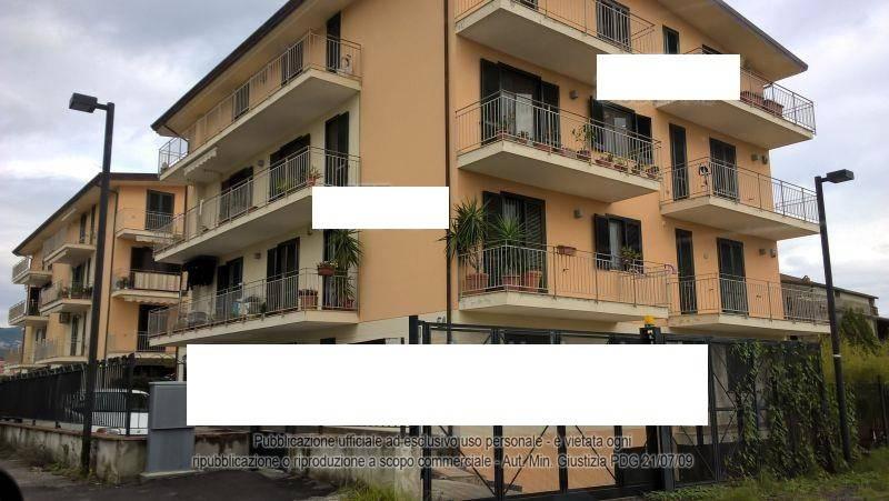 Appartamento in ottime condizioni in vendita Rif. 8259706
