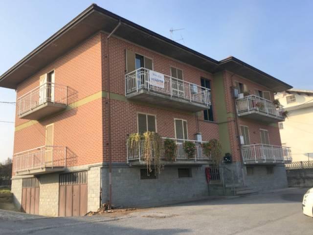 Appartamento in buone condizioni in vendita Rif. 4815578