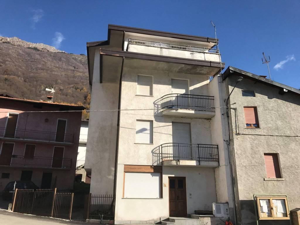 Appartamento in vendita a Cercino, 3 locali, prezzo € 27.000 | CambioCasa.it