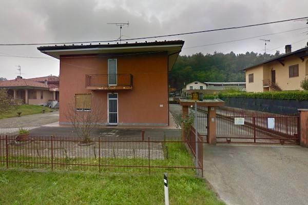 Capannone in vendita a Gattico, 9999 locali, prezzo € 185.000   CambioCasa.it