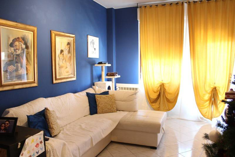 Appartamento in buone condizioni in vendita Rif. 8830566