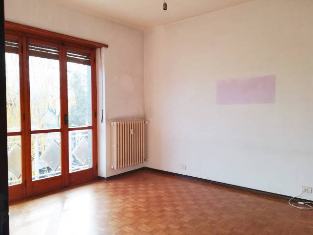 Appartamento in buone condizioni in affitto Rif. 5082318
