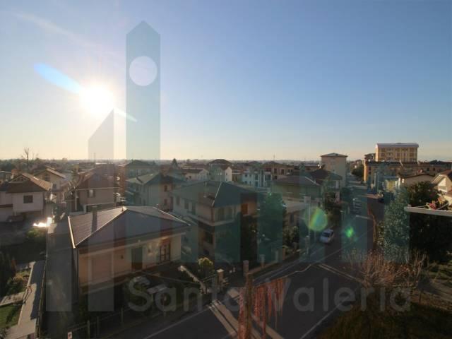 Appartamento trilocale in vendita a Meda (MB)