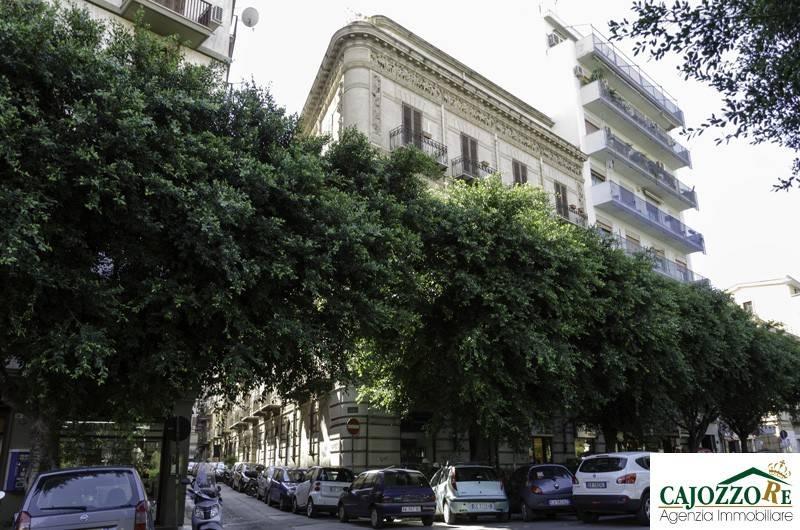 Ufficio quadrilocale in vendita a Palermo (PA)