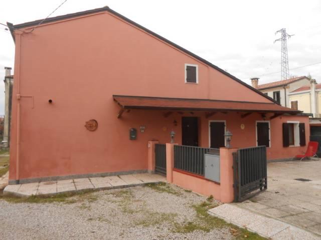 Villa in ottime condizioni arredato in vendita Rif. 4261154