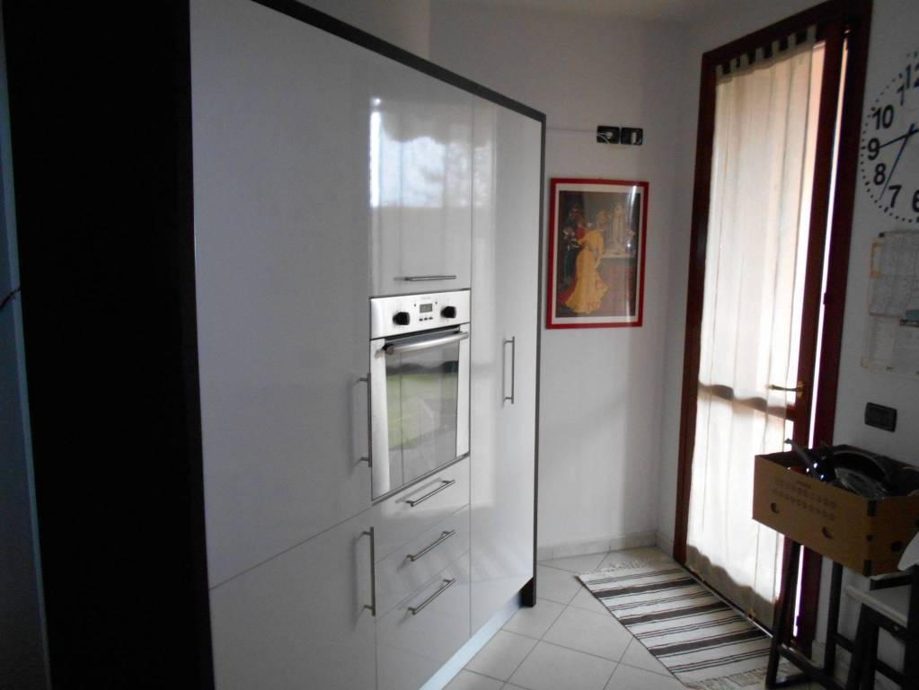 Villetta a schiera in buone condizioni in vendita Rif. 8900404
