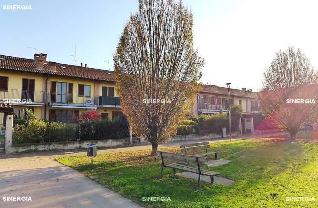 Villa a Schiera in vendita a Robecco sul Naviglio, 5 locali, prezzo € 249.000 | CambioCasa.it