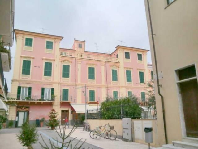 Attico / Mansarda in affitto a Diano Marina, 3 locali, prezzo € 400 | CambioCasa.it