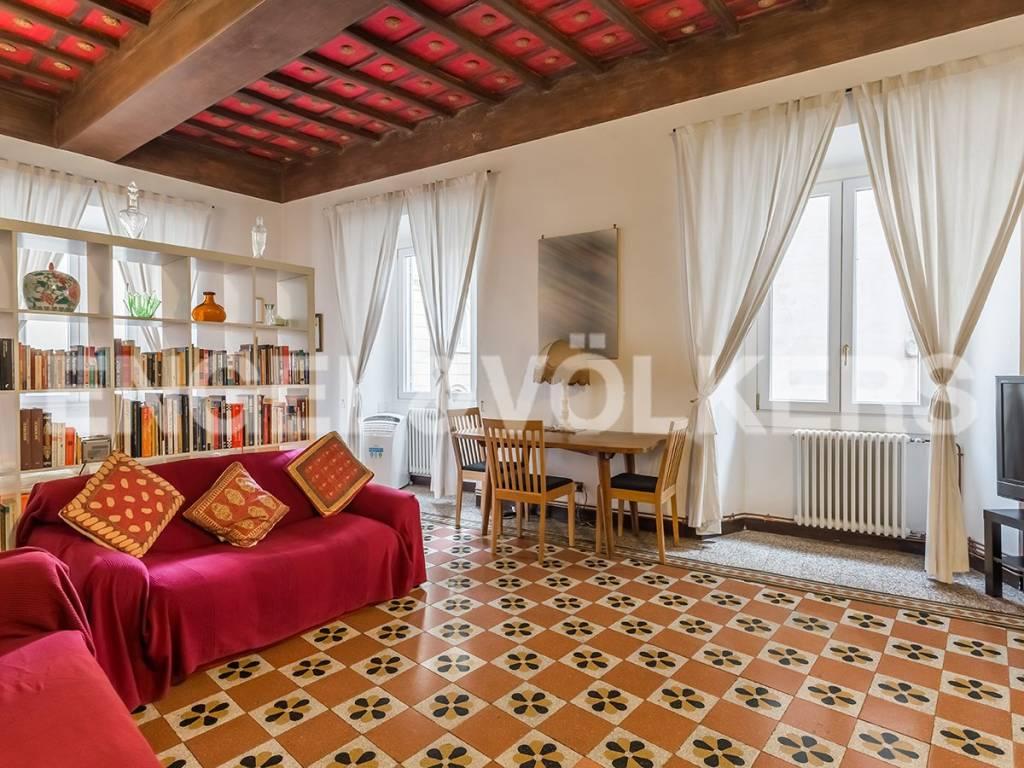 Appartamento di lusso in vendita a roma piazza di santa for Appartamento ufficio roma