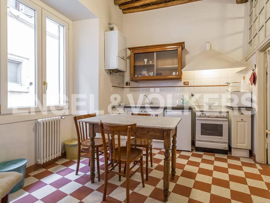 Appartamento in Vendita a Roma 01 Centro Storico: 5 locali, 264 mq