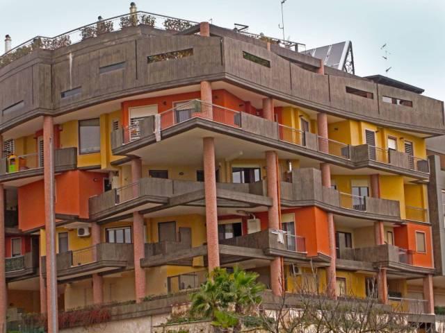 Appartamento in buone condizioni in vendita Rif. 4487580