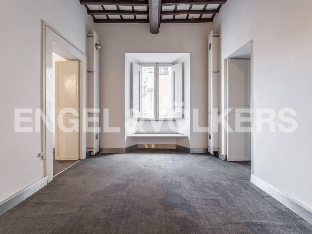 Appartamento di lusso in vendita a roma piazza di santa for Affitto studio ad ore roma