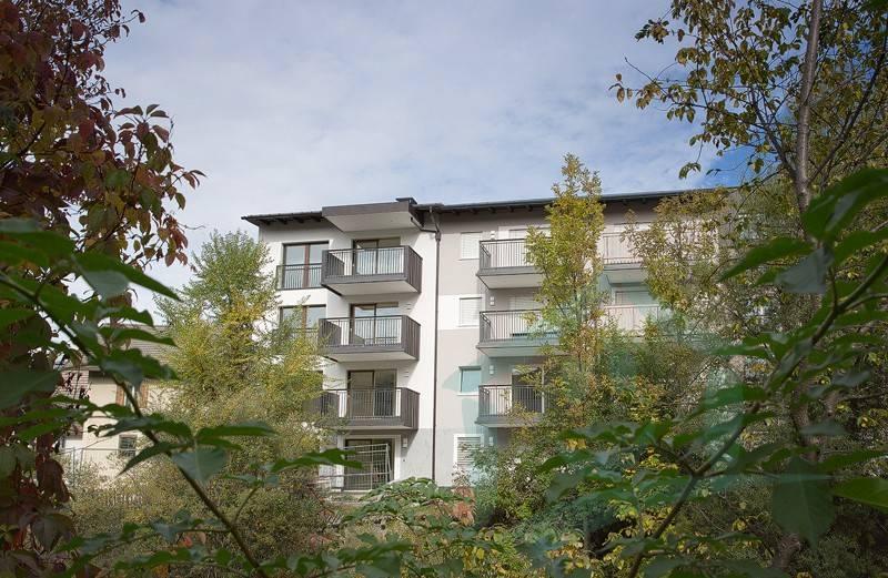 Appartamento parzialmente arredato in vendita Rif. 8984368