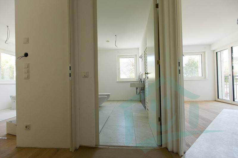 Appartamento parzialmente arredato in vendita Rif. 8984374