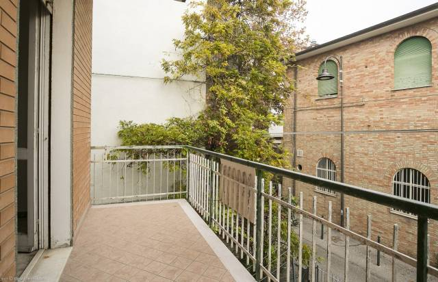 Appartamento 6 locali in vendita a Gabicce Mare (PU)