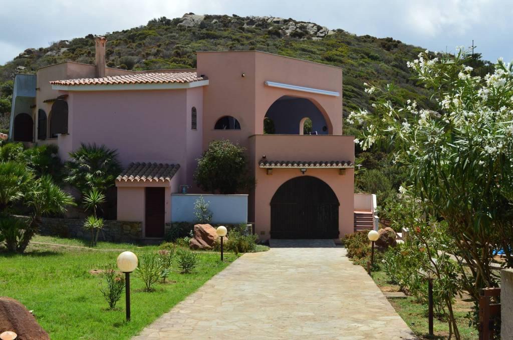 Villa in ottime condizioni arredato in vendita Rif. 5298815