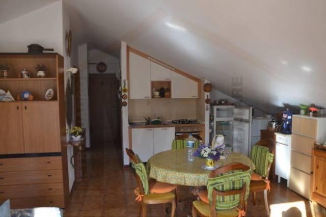 Garessio, soleggiato appartamento con vista
