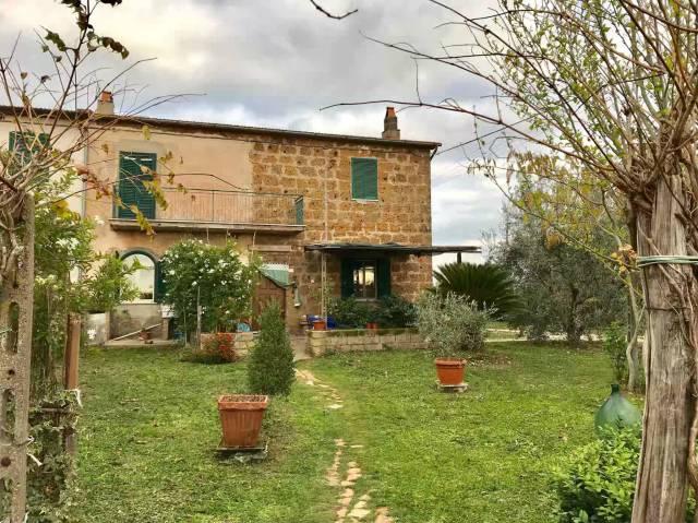 Rustico / Casale in buone condizioni in vendita Rif. 5025211