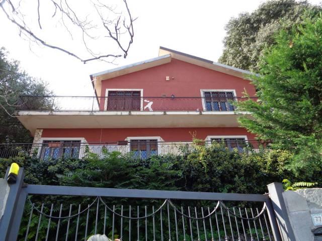 Villa in Vendita a San Giovanni la Punta