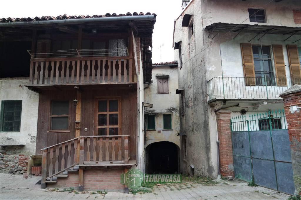 Casa Indipendente in buone condizioni in vendita Rif. 8760712