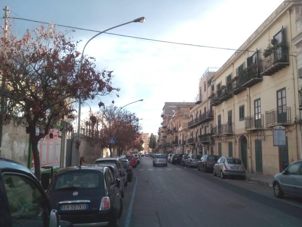 Magazzino in Affitto a Palermo Semicentro:  3 locali, 280 mq  - Foto 1