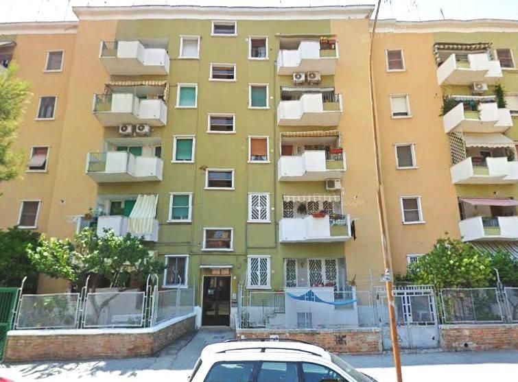 Appartamento in Vendita a Foggia: 3 locali, 105 mq