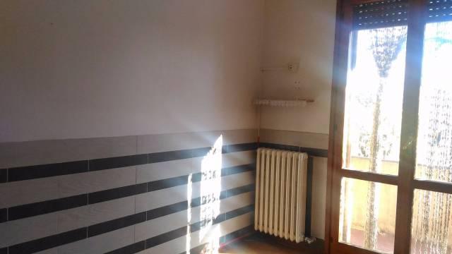 Appartamento in buone condizioni in vendita Rif. 7325665