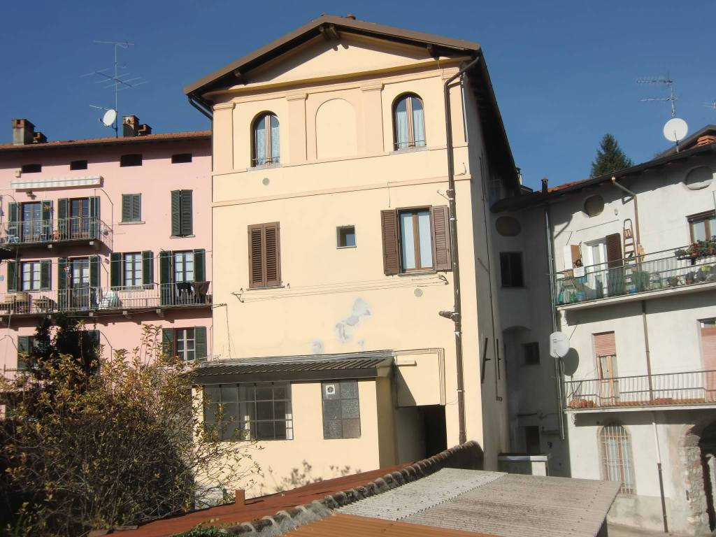 Appartamento in vendita a Asso, 3 locali, prezzo € 29.000 | PortaleAgenzieImmobiliari.it