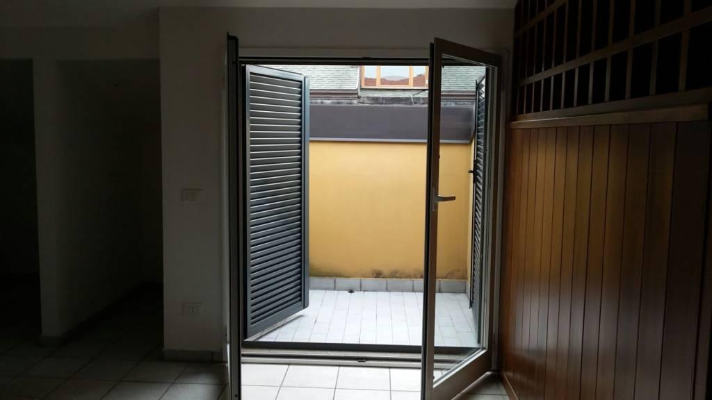 Appartamento in buone condizioni in vendita Rif. 7965410